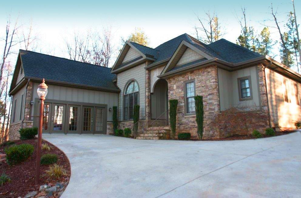351 E Rambling Creek Drive, Tryon, NC 28782