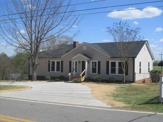 184 Hollis Rd, Ellenboro, NC 28018