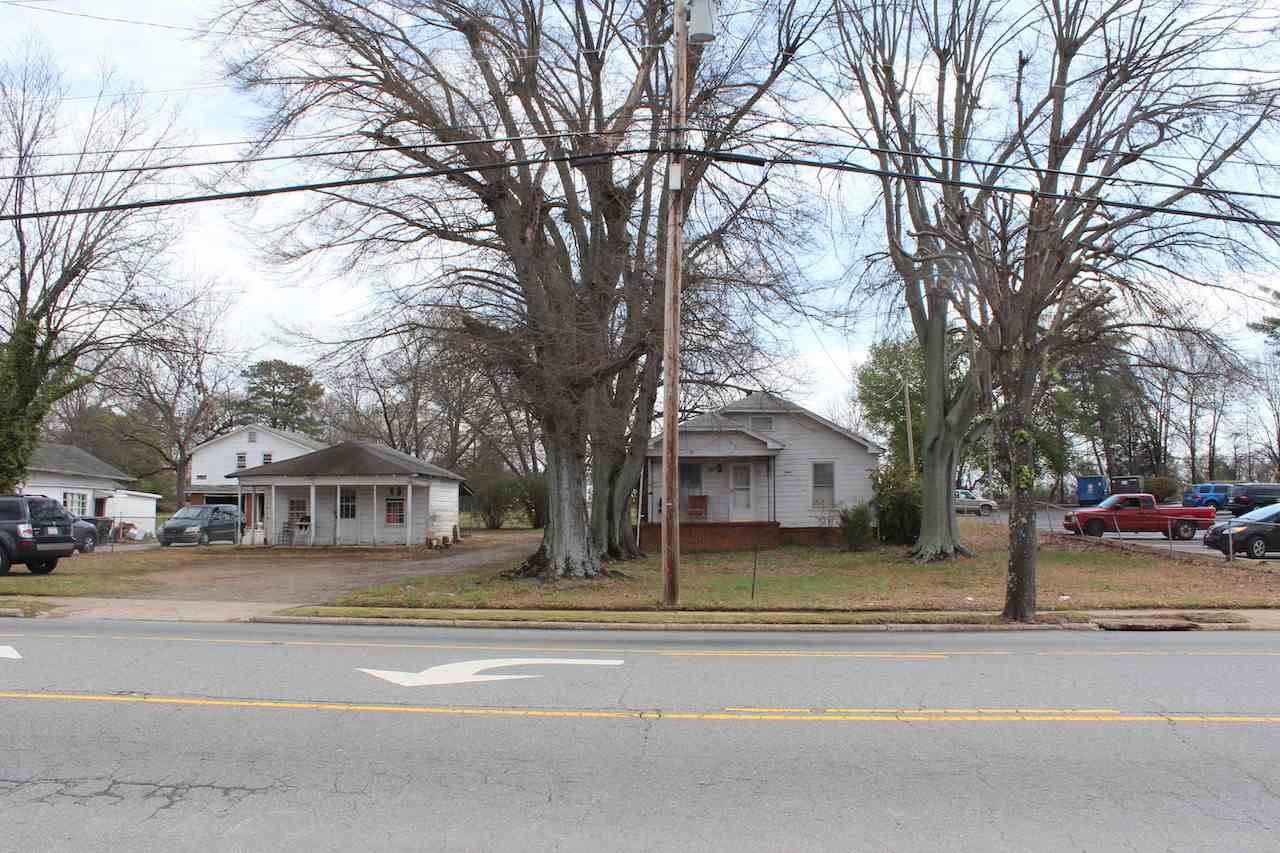 641 S Broadway Street, Forest City, NC 28043