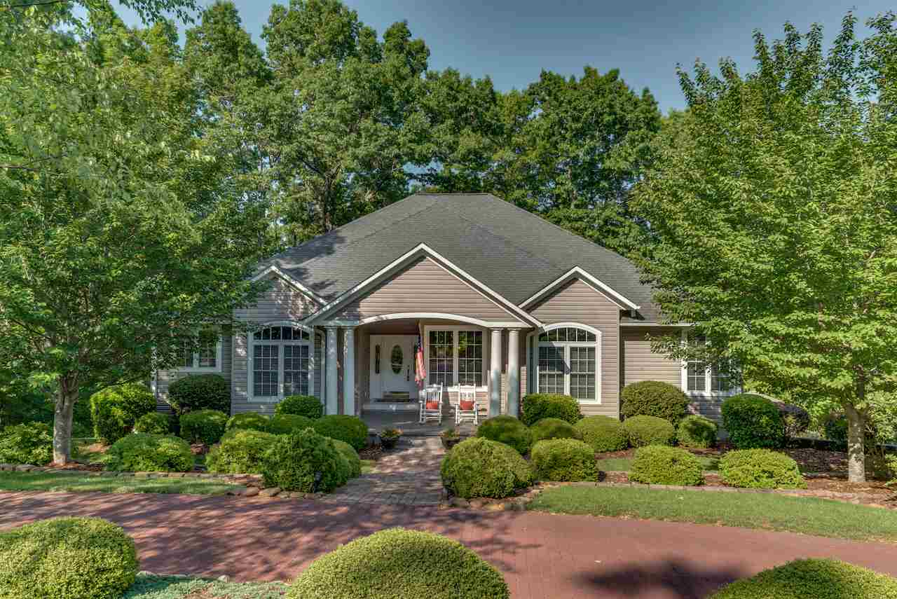 60 Canoe Dr., Mill Spring, NC 28756