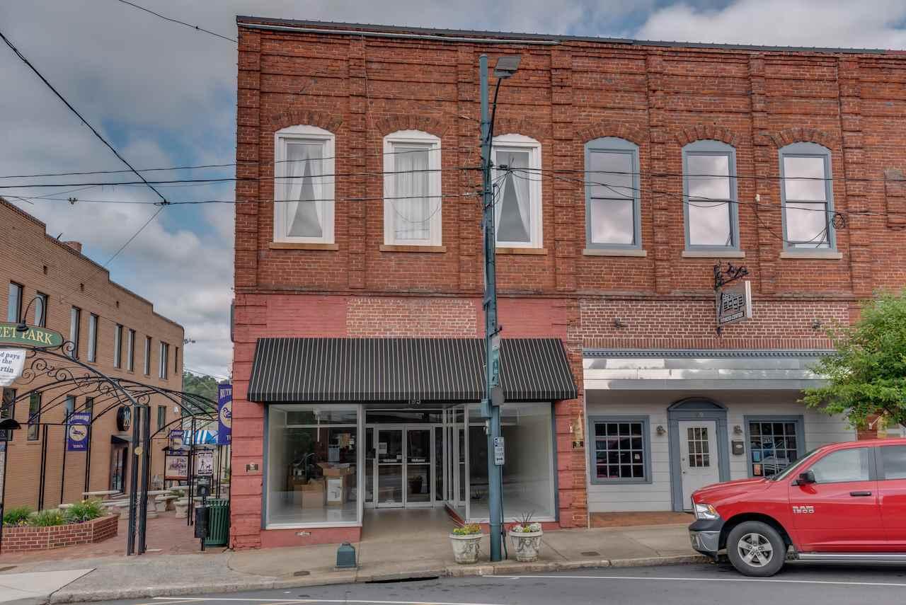195/197 N Main St., Rutherfordton, NC 28139