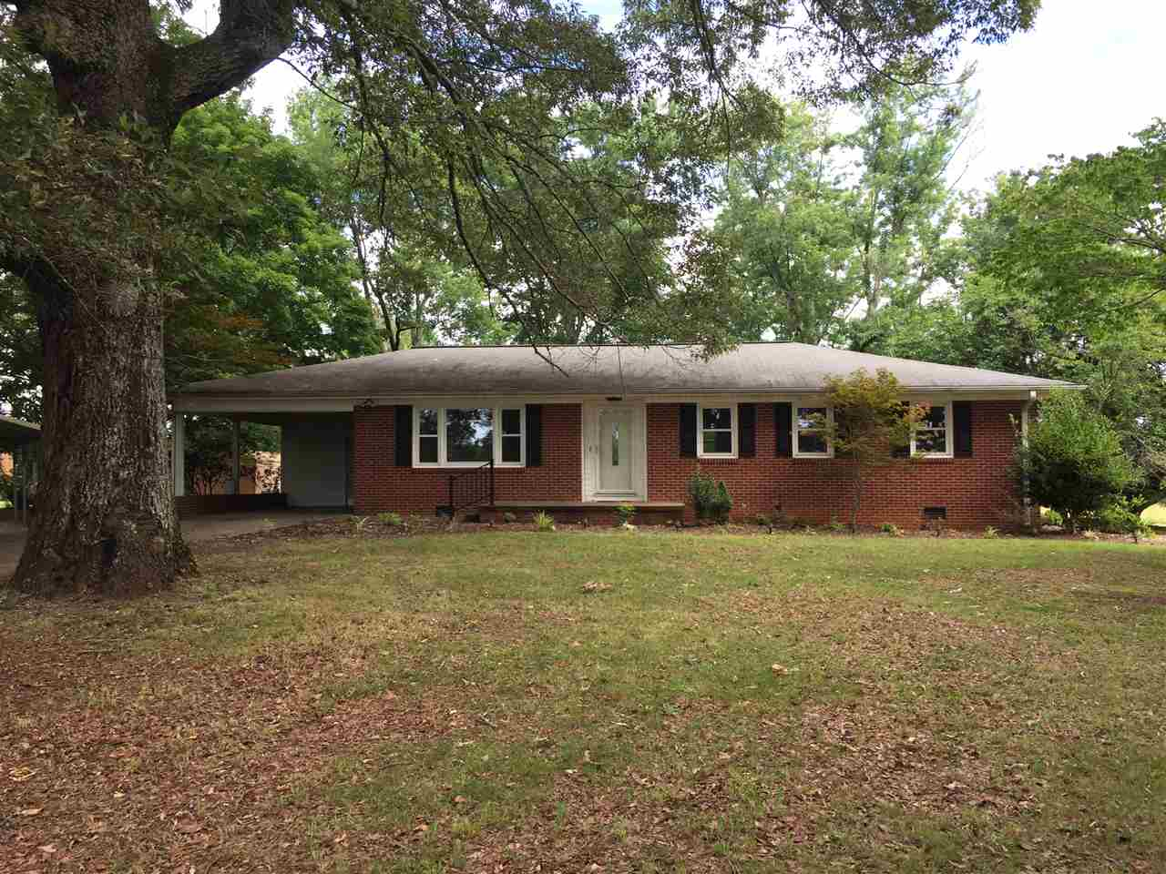 136 Toms Lake Rd., Forest City, NC 28043