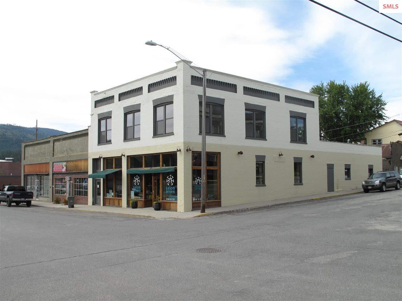 74 Main St, Priest River, ID 83856