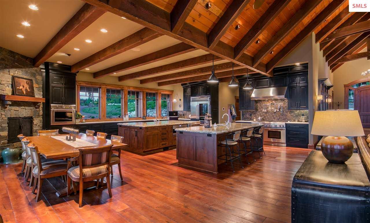 Single Family Home for Sale at 505 Ravenwood Lane 505 Ravenwood Lane Sandpoint, Idaho 83864 United States
