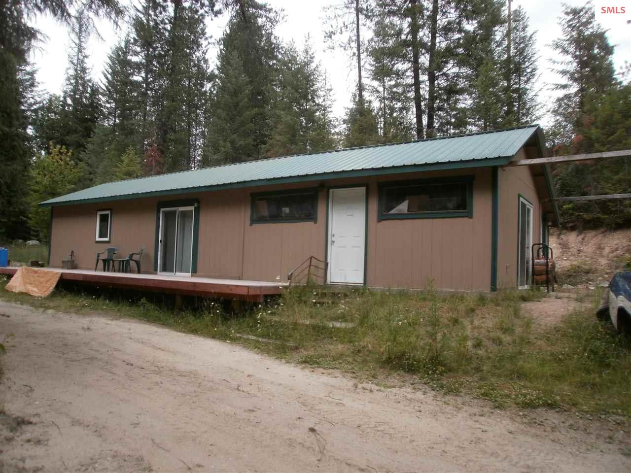 5754 Upper Pack River Rd, Sandpoint, ID 83864