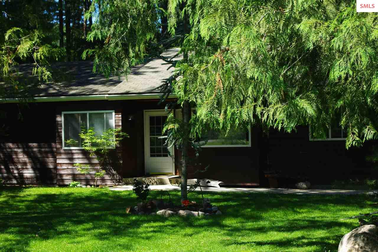 210 Oden Bay Drive, Sandpoint, ID 83864