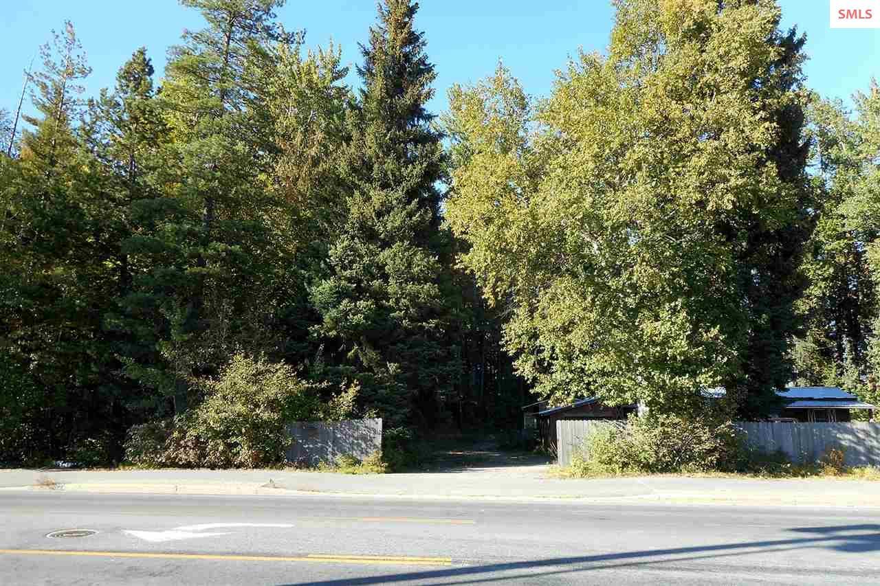 820 Kootenai Cutoff Road, Ponderay, ID 83852