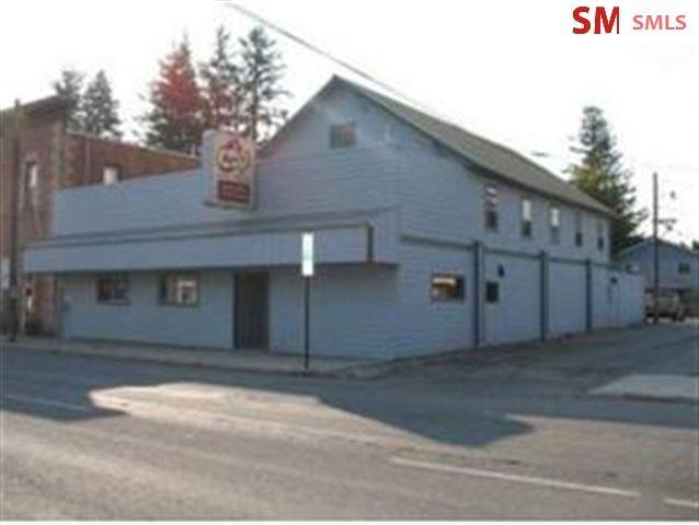 215 Pine Street (roxy's Lounge)