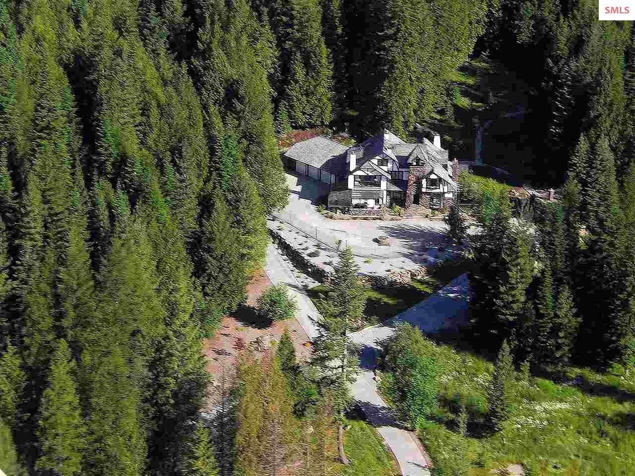 Single Family Home for Sale at 612 Goa Way 612 Goa Way Priest River, Idaho 83856 United States