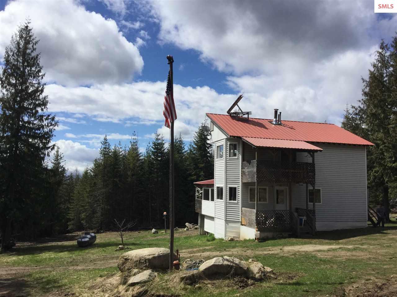 721 Spirit Wolf Trail, Sandpoint, ID 83864