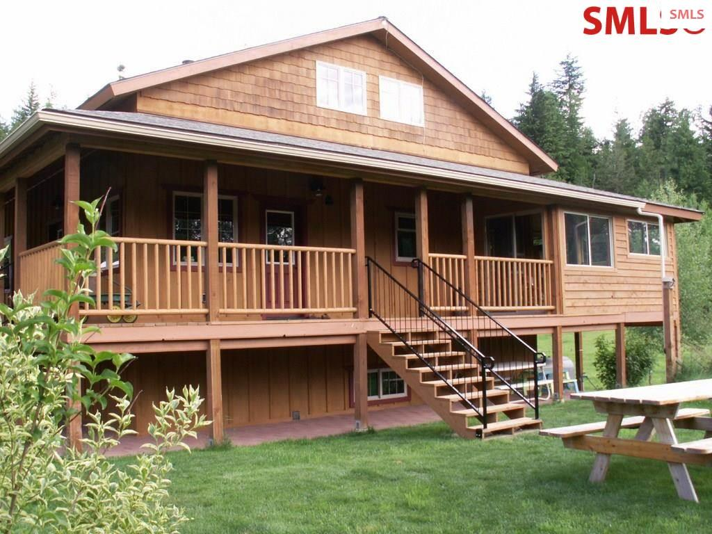 252 Noogie Ln, Sandpoint, ID 83864