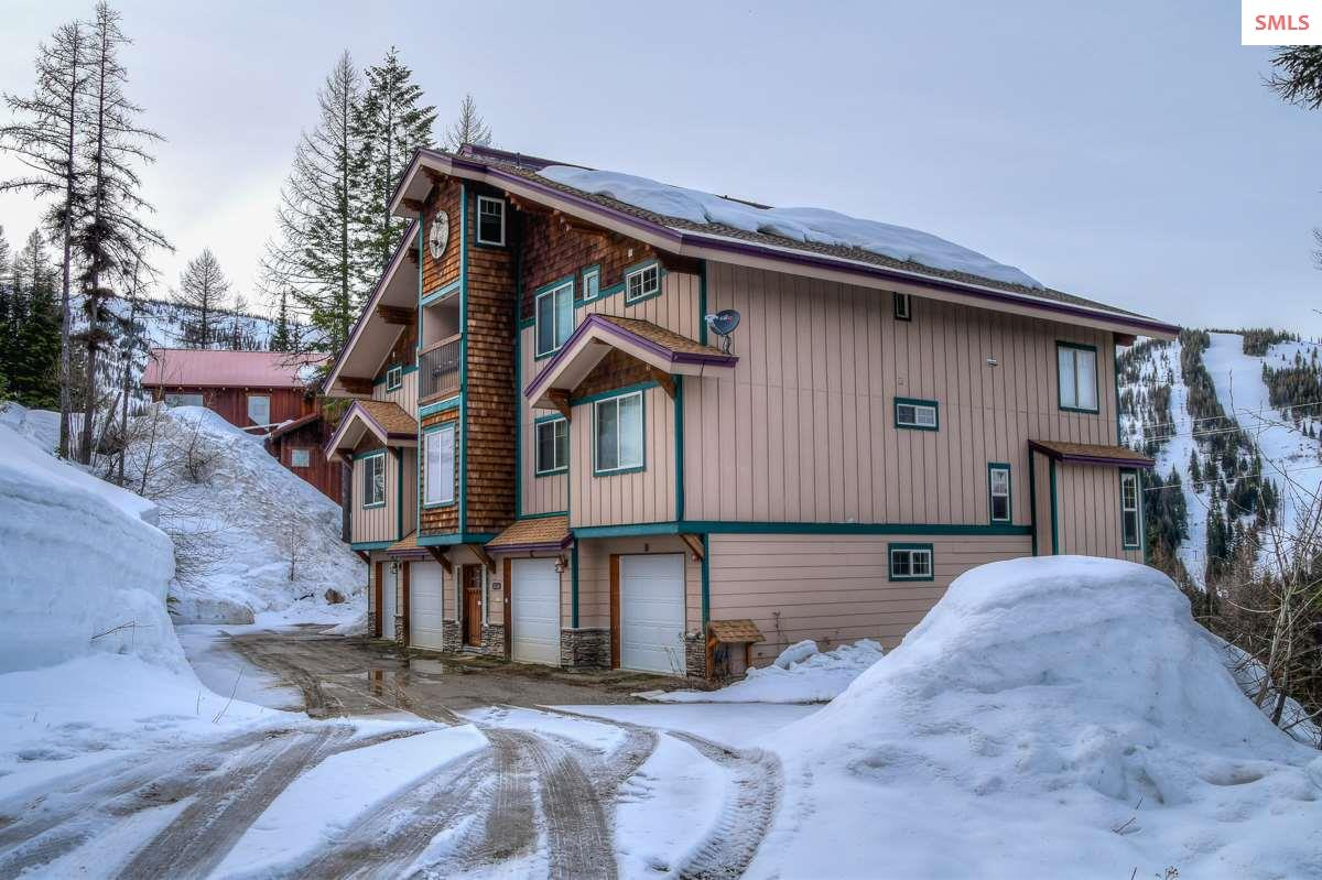 205 Parallel Run, Unit A, Sandpoint, ID 83864