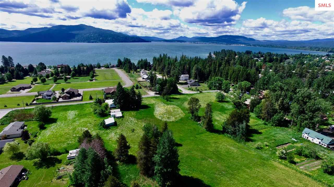 331 Whiskey Jack Rd, Sandpoint, ID 83864