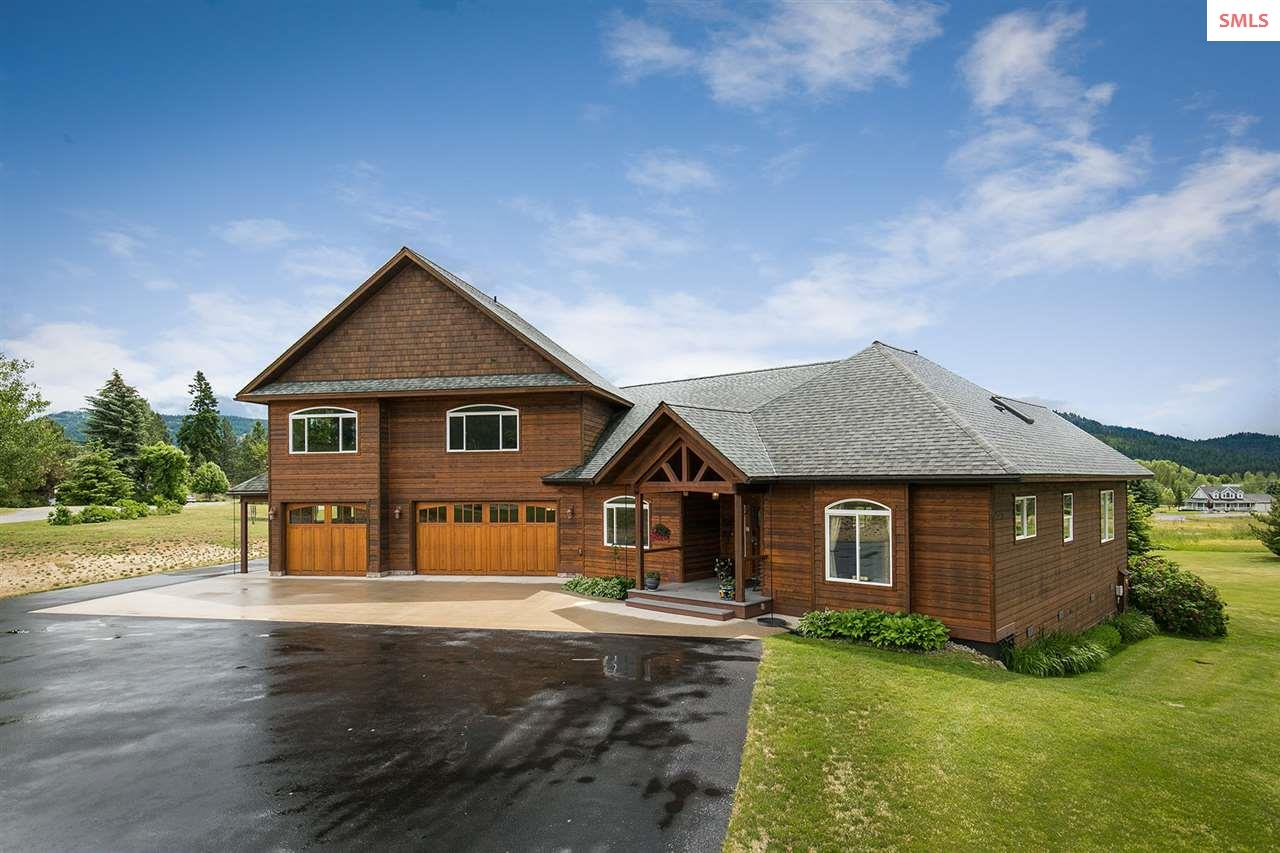 71 River Run Dr, Laclede, ID 83841