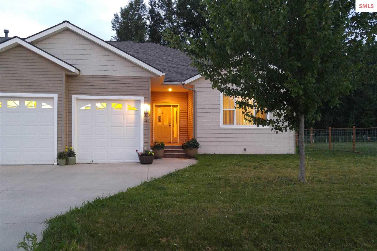 120 Brittany Loop, Sandpoint, ID 83840