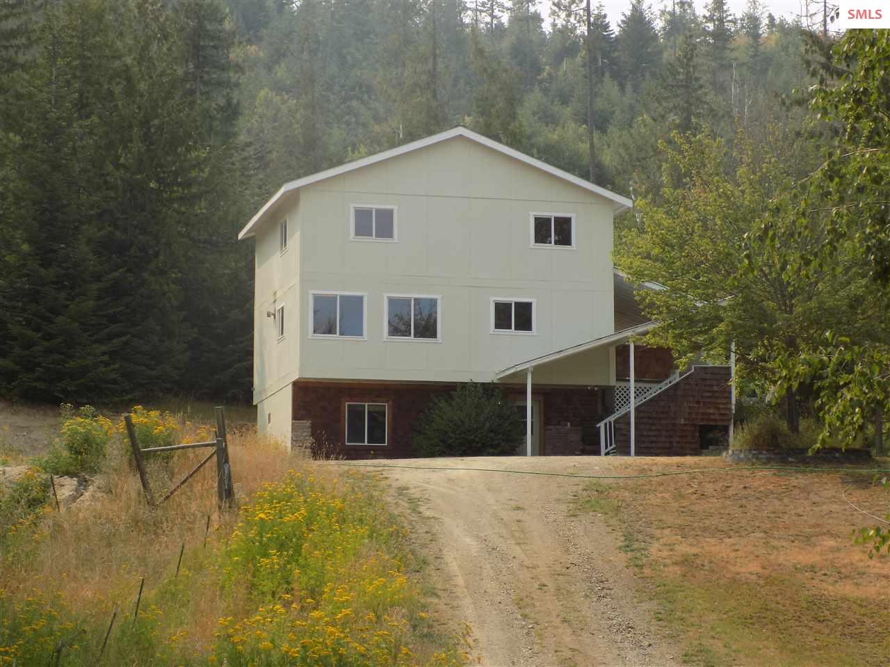 17689 HWY 2, Sandpoint, ID 83864