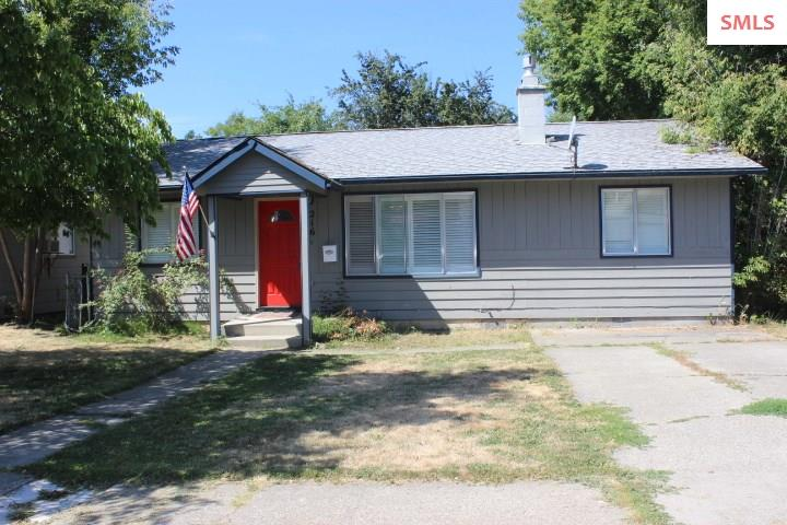 216 S 2nd Avenue, Sandpoint, ID 83864
