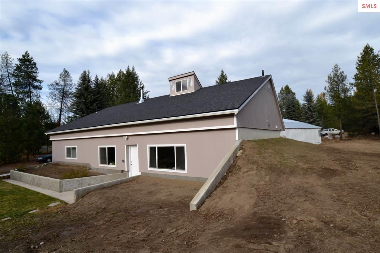 Single Family Home for Sale at 289 Doris Lane 289 Doris Lane Oldtown, Idaho 83822 United States