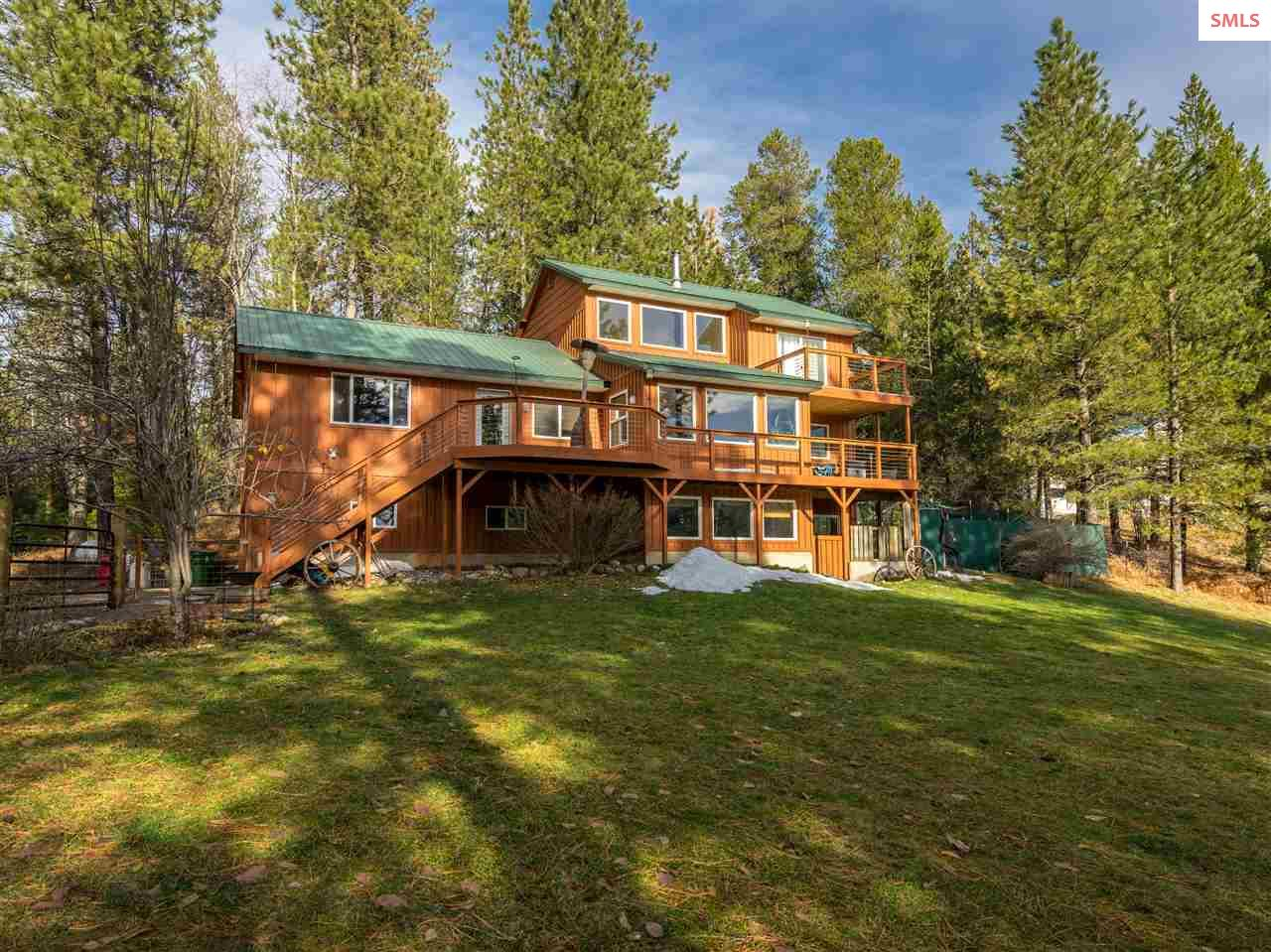 Single Family Home for Sale at 480 Cocolalla Loop 480 Cocolalla Loop Cocolalla, Idaho 83813 United States