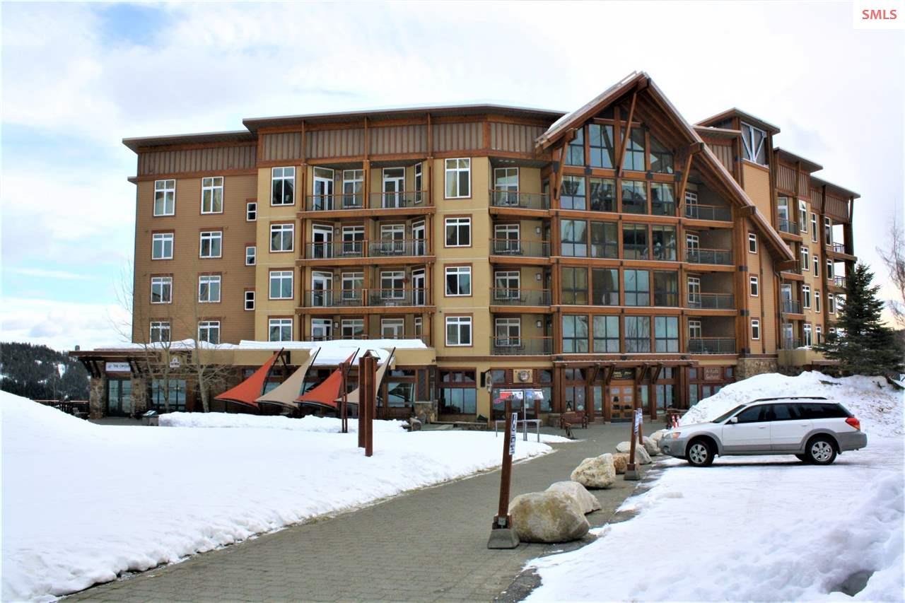 Condominium for Sale at 124 Village Lane unit 408 124 Village Lane unit 408 Sandpoint, Idaho 83864 United States