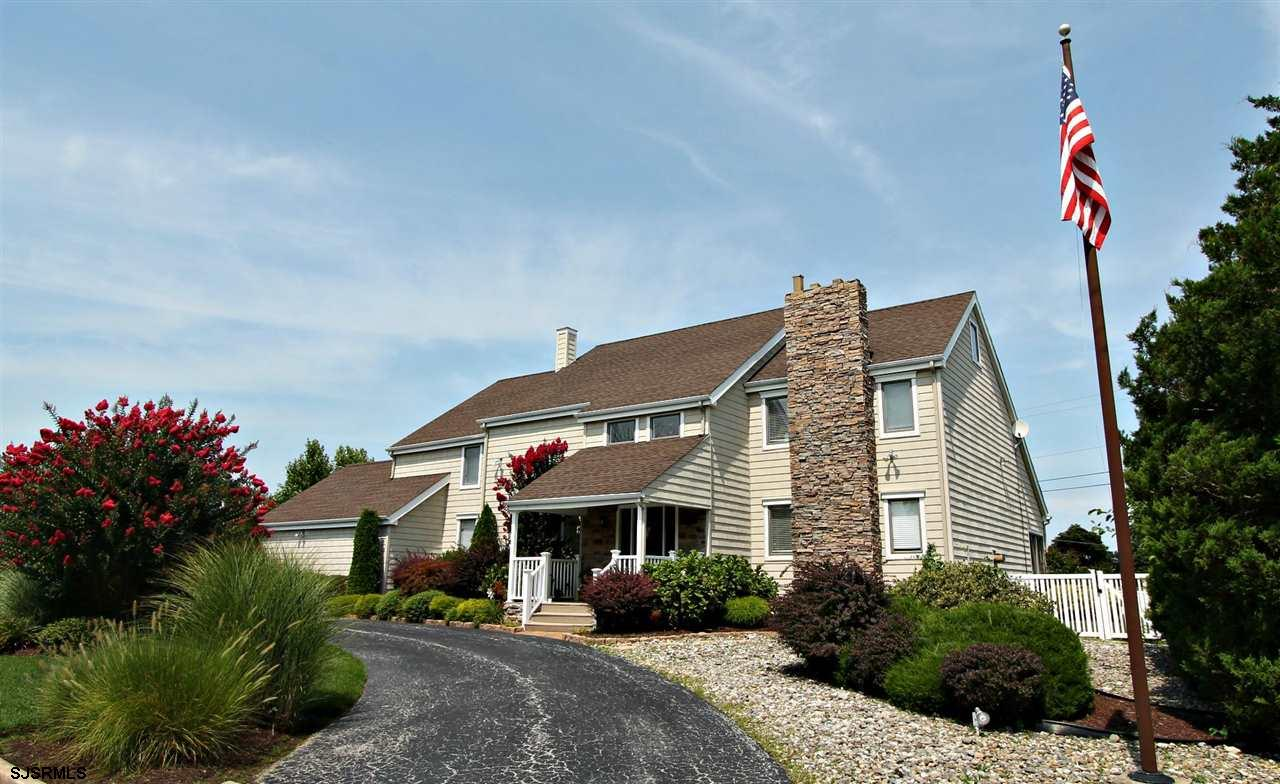 114 Country Club Dr, Linwood, NJ 08221