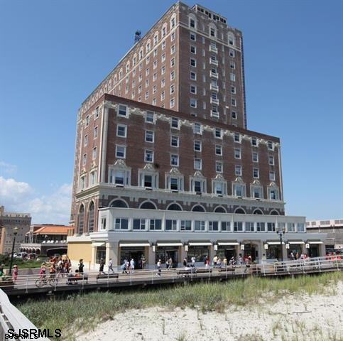 2721 Boardwalk 604