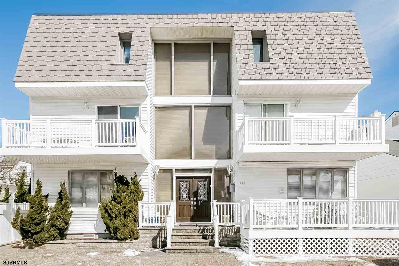 111 S Avolyn Avenue, Ventnor, NJ 08406