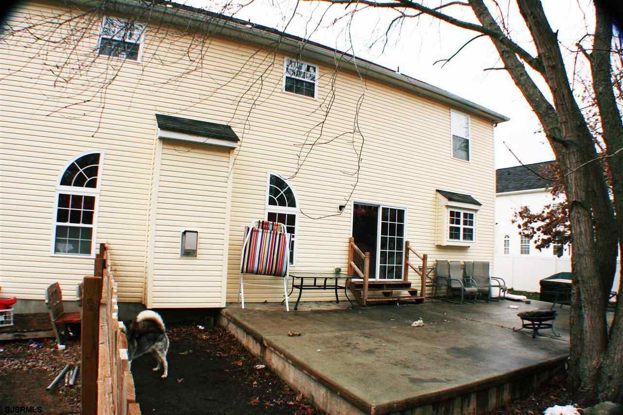 102 Brettwood Road, Egg Harbor Township, NJ 08234