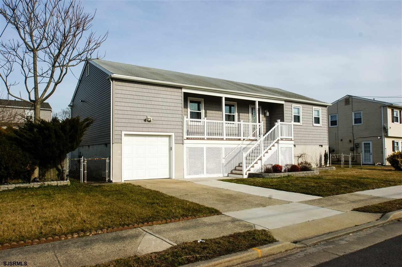 605 N Dudley Ave, Ventnor, NJ 08406