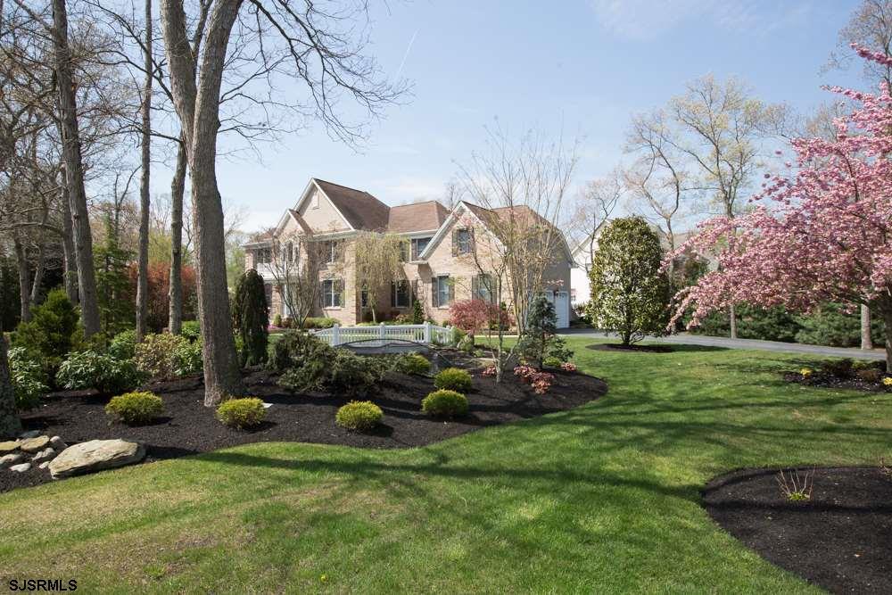 424 E Whispering Ln, Galloway Township, NJ 08205