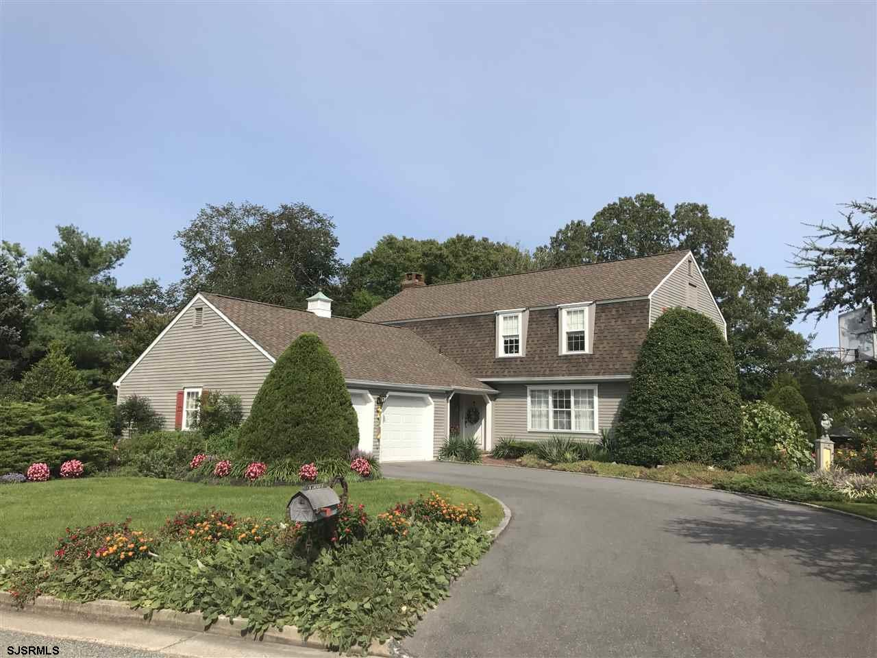 4 W Lakeview Drive, Egg Harbor Township, NJ 08234
