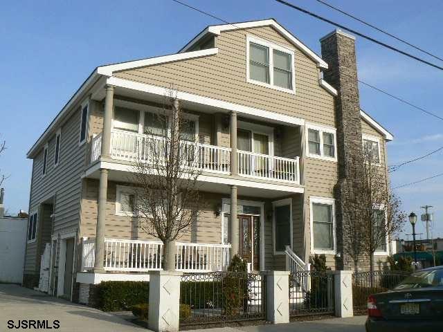 8019 Ventnor Ave, Margate, NJ 08402