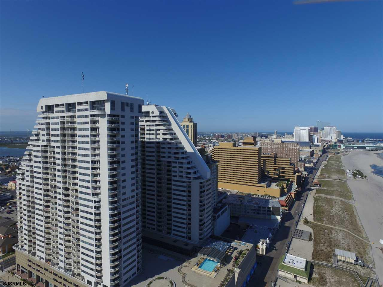 3101 Boardwalk 707-