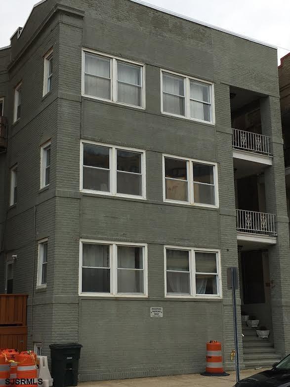 114 S Raleigh Ave, Atlantic City, NJ 08401