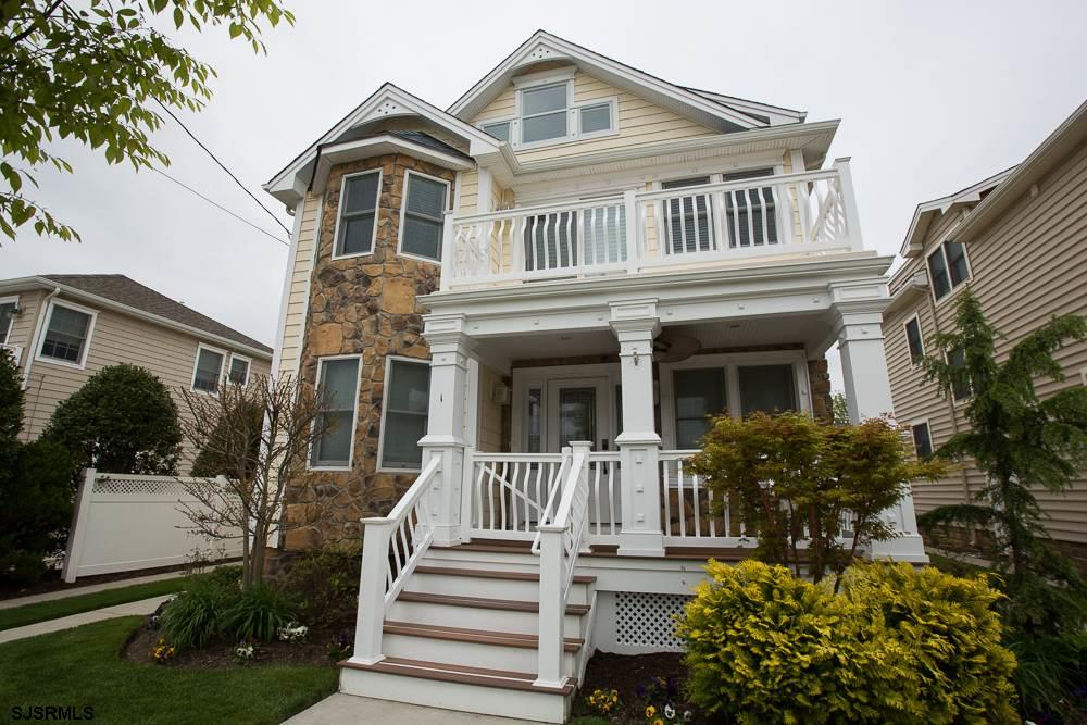 1 N Clermont Ave, Margate, NJ 08402