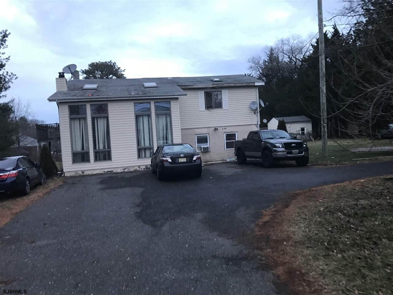444 W California Ave, Absecon, NJ 08201