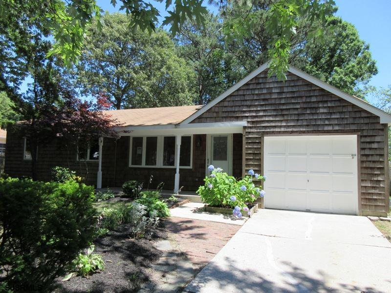 3 Whitman Drive, Somers Point, NJ 08244