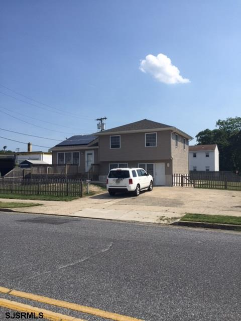 822 W New York Avenue, Somers Point, NJ 08244