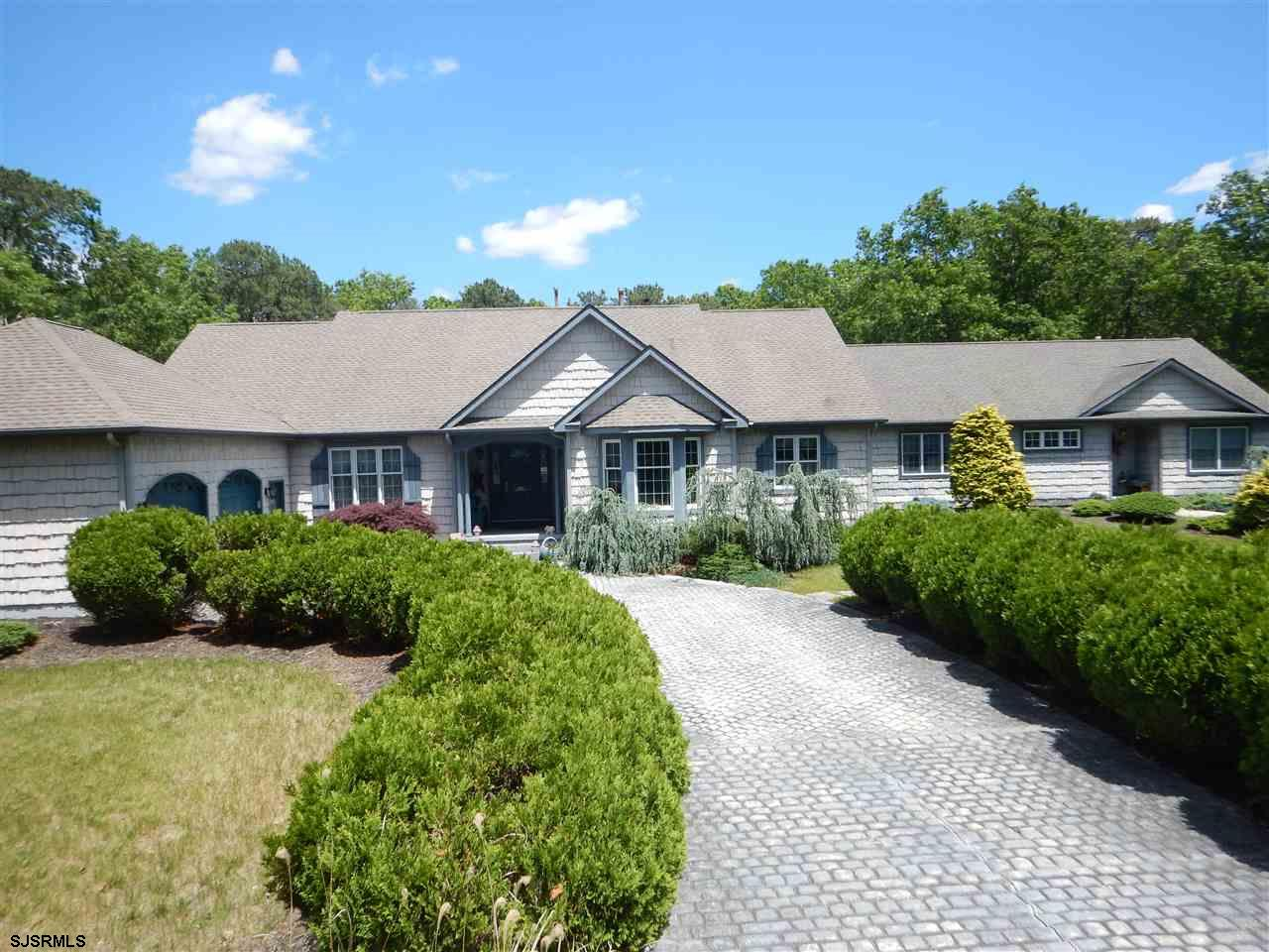 11 E Upland Ave, Galloway Township, NJ 08205