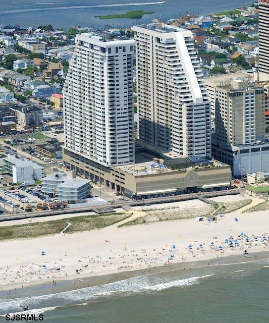 3101 Boardwalk, Atlantic City, NJ 08401