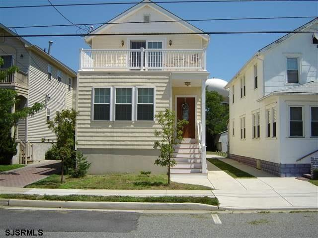 119 N Adams Ave, Margate, NJ 08402