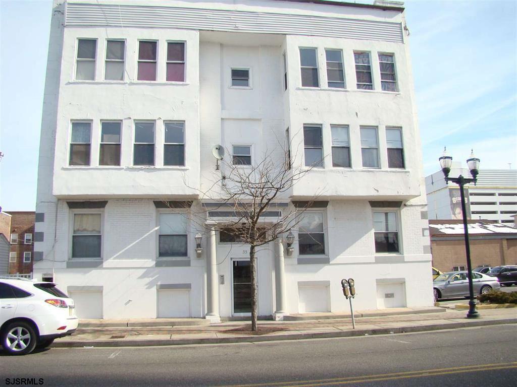 33 S North Carolina Ave, Atlantic City, NJ 08401