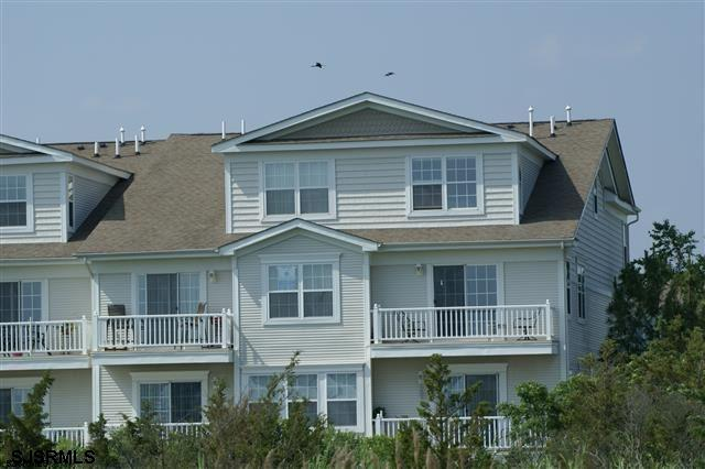 50 Bayside Dr, Somers Point, NJ 08244