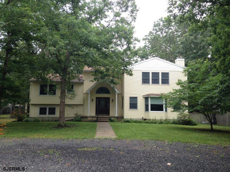218 Pine Ave, Egg Harbor Township, NJ 08234
