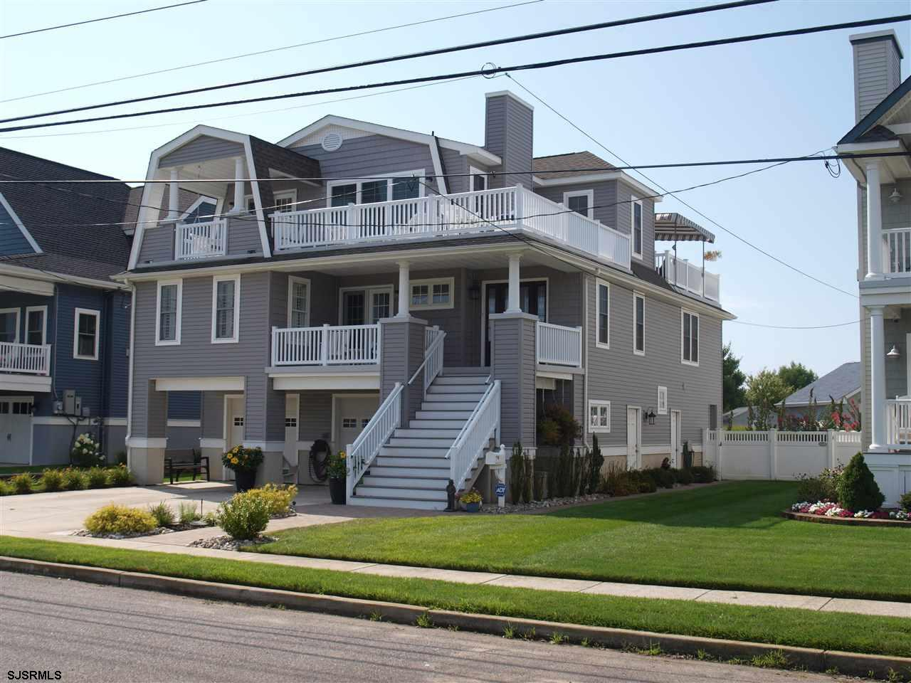 12 Roosevelt Blvd, Ocean City, NJ 08226