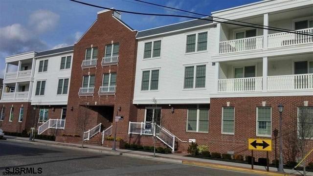 23 S Washington Ave Ave, Margate, NJ 08402