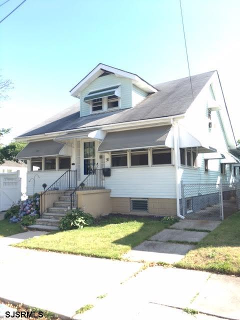 30 Gibbs Ave, Somers Point, NJ 08244