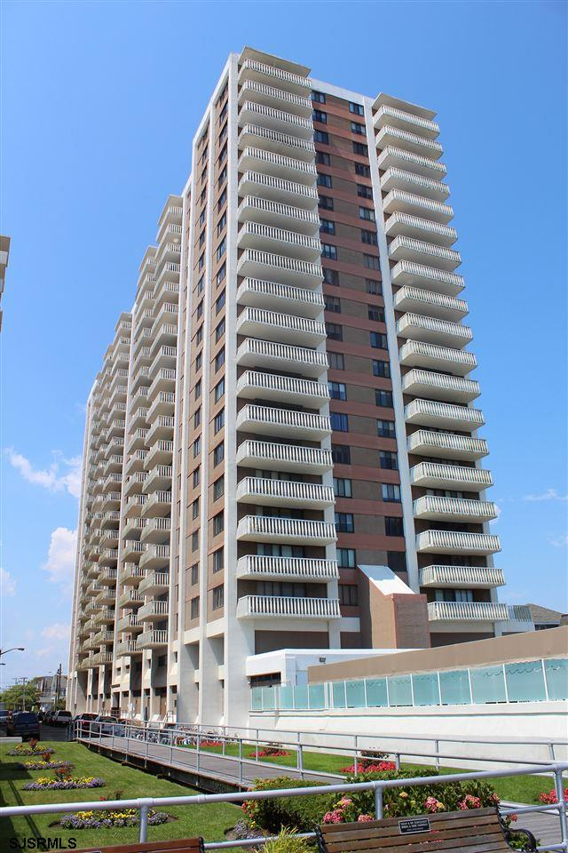 100 S Berkley Square, Atlantic City, NJ 08401
