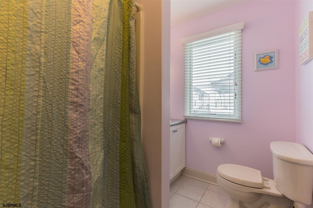 710 First Street - Picture 19