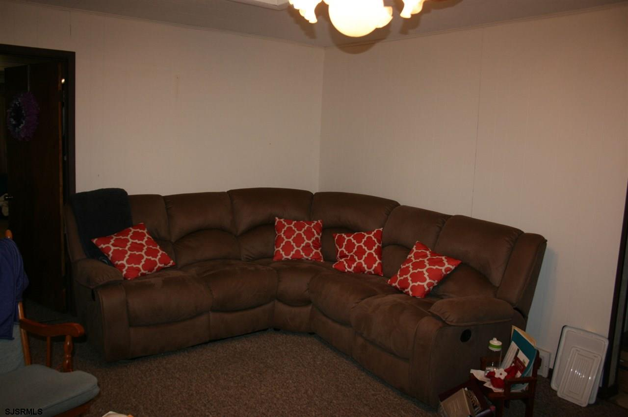 726 Tuckahoe Rd - Picture 3